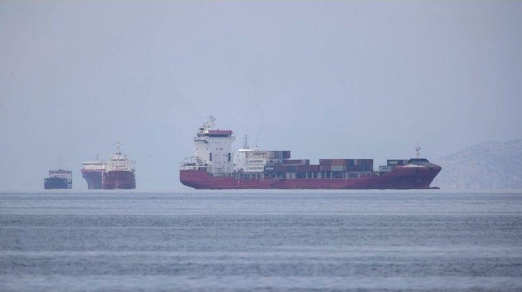 ฮีโร่โลกลืม? ลูกเรือส่งสินค้า โอดพิษโควิดอดเหยียบแผ่นดินเกือบปีแล้ว