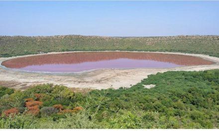 ทะเลสาบ5หมื่นปีเป็นสีชมพู อินเดียงง นักวิทย์เก็บตัวอย่างน้ำ-ไขปริศนา