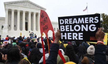 ข่าวด่วน === เช้าวันพฤหัสบดี 18 มิ.ย. ศาลฎีกาสหรัฐ US Supreme Court ได้บล็อก ปธน.ทรัมบ์ ไม่ให้ยกเลิก DACA