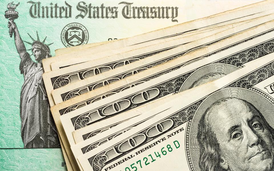 เงิน Stimulus คนละ $1200 สร้างความวุ่นวายกับทุกคนรวมทั้ง IRS