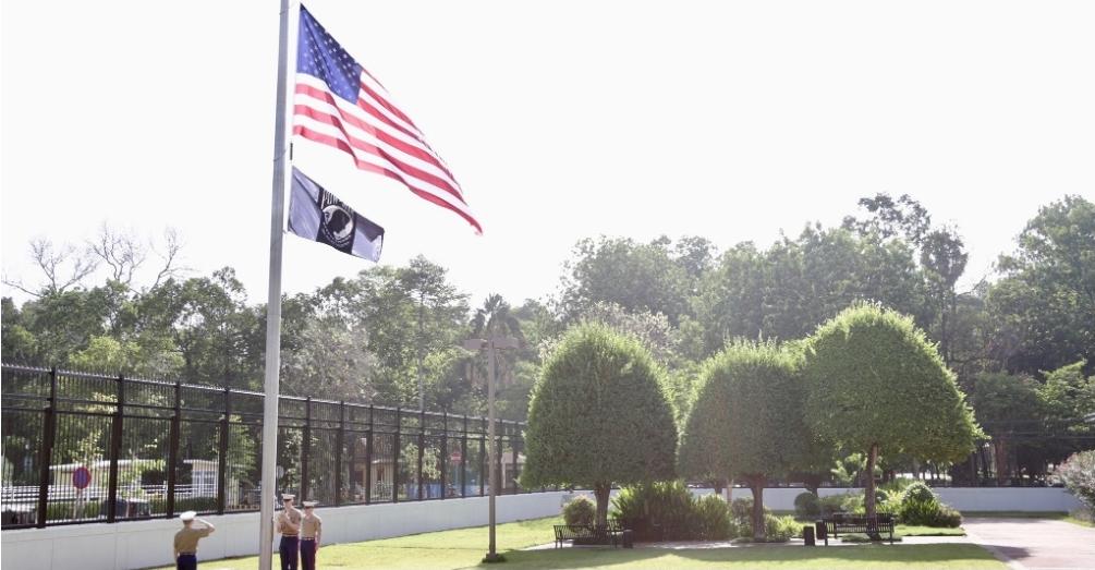 กัมพูชาเผยนักการทูตสหรัฐติดโควิด ตรวจพบวันที่13ของการกักตัว
