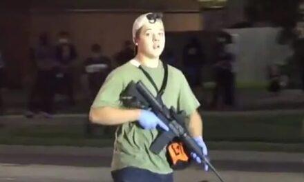 นายอำเภอเมืองเคโนชารัฐวิสคอนซินบอกว่าเขาถูกขอให้แต่งตั้งประชาชนกลุ่มติดอาวุธให้เป็นตัวแทนนายอำเภอ