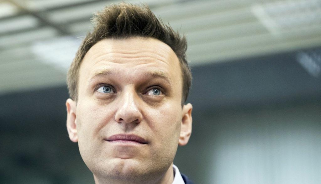 ผู้นำฝ่ายค้านรัสเซีย 'นาวาลนี' ถูกส่งโรงพยาบาล คาดอาจถูกวางยาพิษ