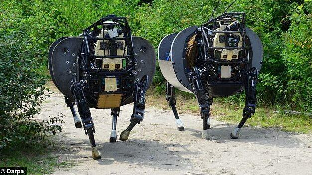 """U.S. ทำเพื่ออะไร 40 ล้านเหรียญ """"หุ่นยนต์ม้า"""" น่าขนลุก"""