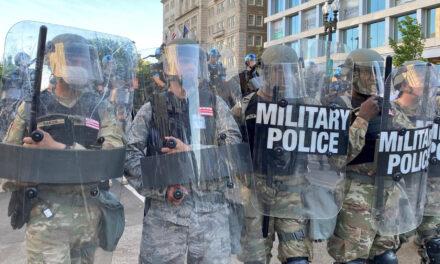 เหตุใดกองทัพสหรัฐฯจึงยินดีต้อนรับการชนะการเลือกตั้งในปี 2020 อย่างชนิดเด็ดขาด