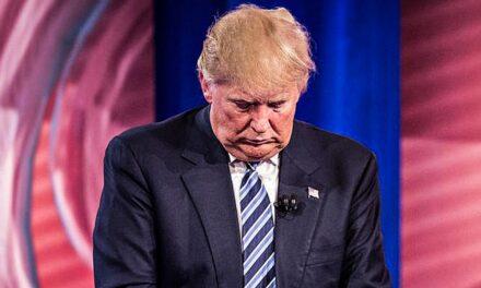 ในวันพฤหัสบดี ประธานาธิบดีโดนัลด์ทรัมป์พยายามที่จะทำลายความเชื่อมั่นในการเลือกตั้งของประเทศ