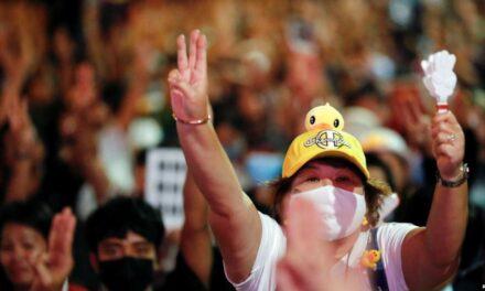 'แทมมี ดักเวิร์ธ' พร้อมส.ว.เดโมเเครตหลายคน เสนอวุฒิสภาสนับสนุนปชต.ในไทย