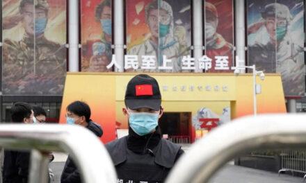 ญาติเหยื่อโควิดเมืองอู่ฮั่นถูกขู่ให้เงียบขณะอนามัยโลกสืบหาต้นตอไวรัส