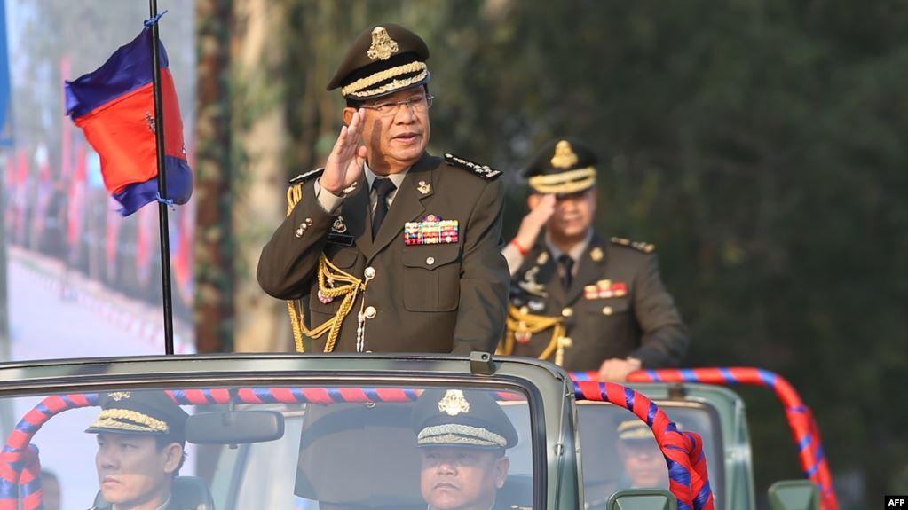 """วิเคราะห์: กัมพูชาภายใต้ """"ฮุนเซน"""" – นายกฯ ที่ครองอำนาจนานที่สุดในโลก"""