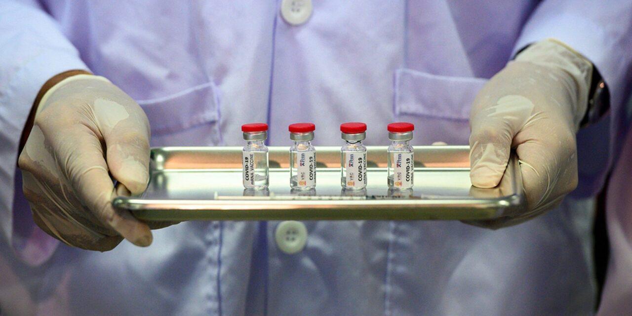 เรารู้ได้อย่างไรว่า โควิดวัคซีน จะปลอดภัยกับเราหรือเปล่า?