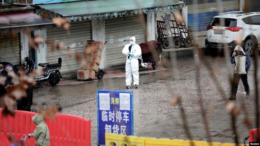 คณะสืบสวนอนามัยโลกเยือนตลาดอาหารทะเลอู่ฮั่นเชื่อมโยงผู้ติดโควิดรายแรก