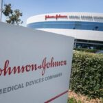 FDA สหรัฐอนุมัติวัคซีน COVID-19 เข็มเดียวของ Johnson & Johnson