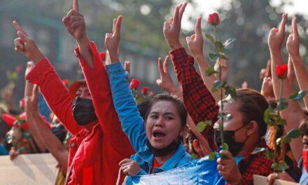 ปปช.พม่าหลายหมื่นคนเข้าร่วมการประท้วงครั้งใหญ่ต่อต้านรัฐประหารเมียนมาร์