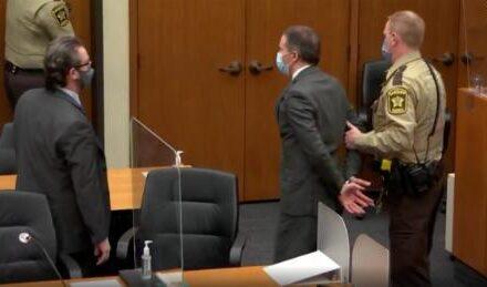 Derek Chauvin ถูกตัดสินว่ามีความผิดทั้งสามข้อหาฆาตกรรม George Floyd เมื่อปี 2020