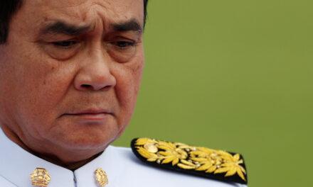 ไทยแม้จะมีความเสี่ยงนายกรัฐมนตรีประยุทธจันทร์โอชาก็ไม่ได้สั่งห้ามการเดินทางระหว่างจังหวัด