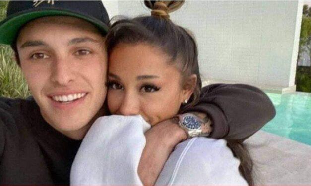 สละโสดแล้ว รายงาน Ariana Grande กับหนุ่มนอกวงการ Dalton Gomez เป็นที่เรียบร้อยแล้ว