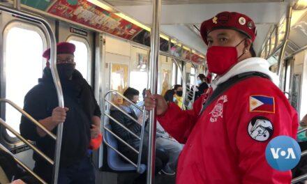NYC 'GuardianAngels' ลาดตระเวนท่ามกลางกระแสต่อต้านชาวเอเชียที่เกลียดชัง