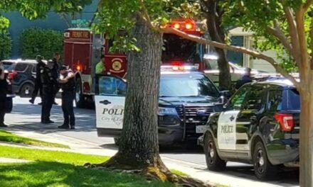 ตำรวจมาทันเวลายุติการล่วงละเมิดทางเพศหญิงวัย 67 ปี 'กลางวันแสกๆ' ในสนามหญ้าหน้าบ้านของซานฟรานซิสโกเบย์แอเรีย