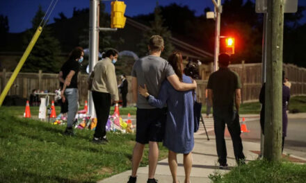 ครอบครัวมุสลิมถูกรถบรรทุกพุ่งเข้าชนเสียชีวิตขณะเดินเล่นในตอนเย็นที่เมืองลอนดอน ออนแทรีโอ ประเทศแคนาดา