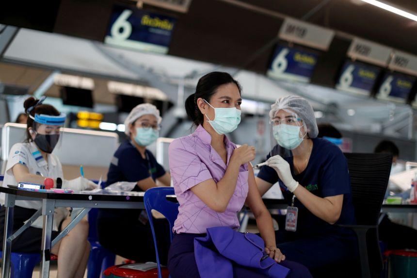ไทยใช้มาตรการควบคุมโคโรนาไวรัสอีกครั้ง เพื่อป้องกันการระบาด
