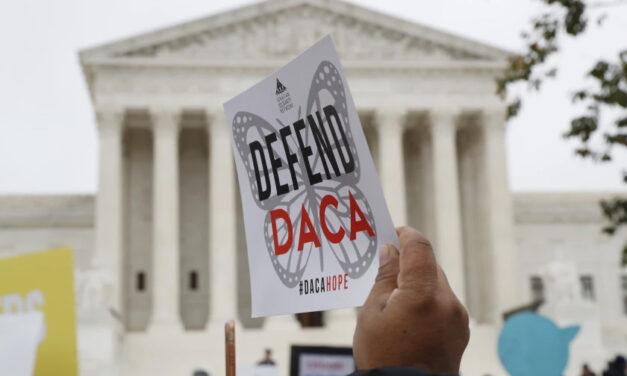 ผู้พิพากษาของฮูสตันรัฐเท็กซัส สั่งยุติ DACA; ผู้ลงทะเบียนปัจจุบันปลอดภัยสำหรับตอนนี้