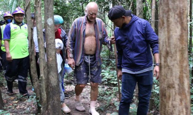 พรานท้องถิ่นพบนายแบร์รี ลีโอนาร์ด เวลเลอร์ ชายชาวอังกฤษวัย 72 ปีถูกพบว่าปลอดภัยเมื่อสามวันหลังจากหายตัวไปในป่าทึบในจังหวัดขอนแก่น