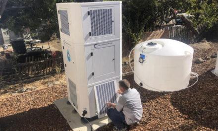 แคลิฟอร์เนียที่เขตุแห้งแล้ง บางคนซื้อเครื่องที่ทำน้ำจากอากาศ